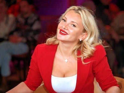 """Die RTL Sommerspiele"": Evelyn Burdecki stellt sich anderen Promis"