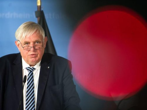 """""""Gehört zur Ethik"""" – Laumann erwartet Corona-Impfung von Pflege- und Lehrpersonal"""