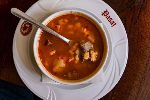 How to Enjoy Traditional Romanian Food in Transylvania