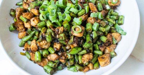 Hunan Chicken Stir Fry with Green Beans