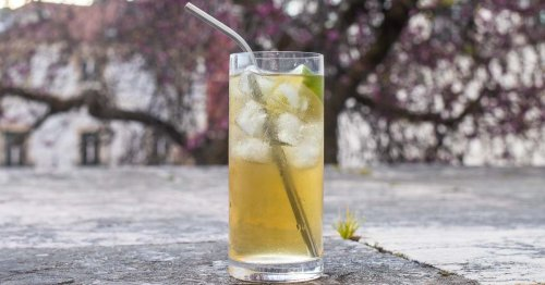 Whiskey Ginger Cocktail | A Taste of Ireland at Home