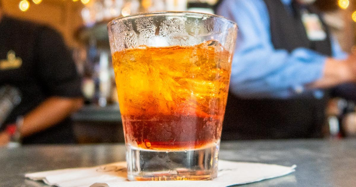 21 Classic New Orleans Drinks and Drink Experiences