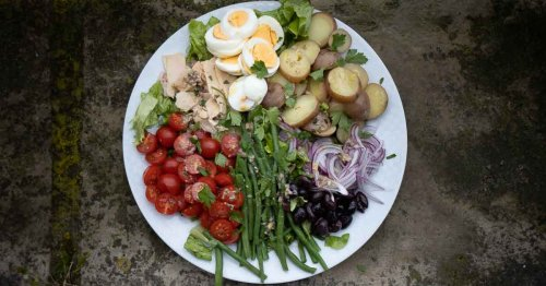 Salade Nicoise | A Taste of the French Riviera at Home