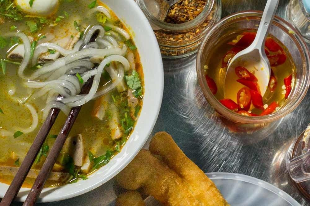 What to Eat in Vietnam for First Time Visitors