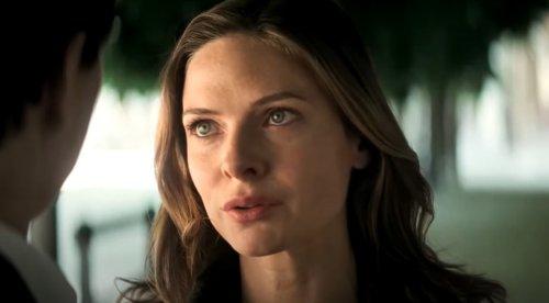 "'Mission Impossible' Star Rebecca Ferguson Stuns, Pouts In White Ruffles ""So Chic!"""