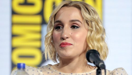 "Harley Quinn Smith Flaunts Snatched Waist In Goddess Belt, ""Wonder Woman Vibes"""