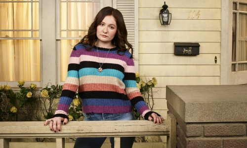 """'The Conners' Star Emma Kenney Stuns In Plunging Bodysuit, """"Smoke Show!"""""""