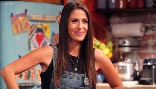 """'Punky Brewster' Soleil Moon Frye Stuns In Plunging Backless Dress, """"Hot Like Fire"""""""