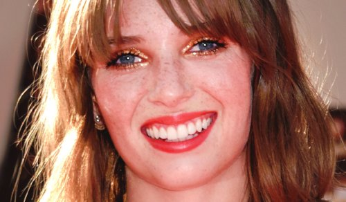 "Uma Thurman's Gorgeous 5'9″ Daughter Maya Hawke Goes ""Mainstream"" with Coppola"