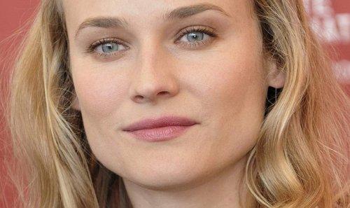 "Diane Kruger Stuns In Strapless Babydoll Dress, ""Beautiful Makeup, Gorgeous Wavy Hair"""