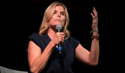"""Mariel Hemingway, 59, Stuns In Tiny Cut-Off Shorts, """"I'm More Than Blessed"""""""