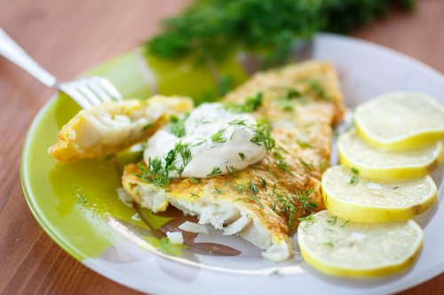 10-Minute Dinner Recipes: Light Pan-fried Fish Recipe With 4-Ingredient Lemon Dill Sauce