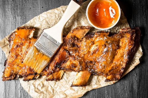 Orange Honey BBQ Glaze Recipe: Spread This 3-Ingredient Orange Honey Barbecue Basting Sauce Recipe on Anything