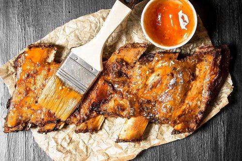 Orange Honey BBQ Glaze Recipe: Spread This 3-Ingredient Orange Honey Barbecue Basting Sauce Recipe on Anything