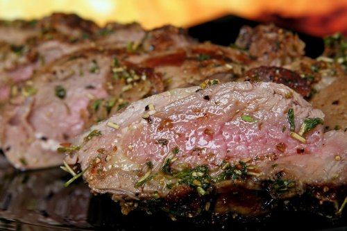 Secrets of a Grillmaster: 6 Tips to Help You Grill Meat Like a Pro (Plus an Easy & Delicious Marinade Recipe)
