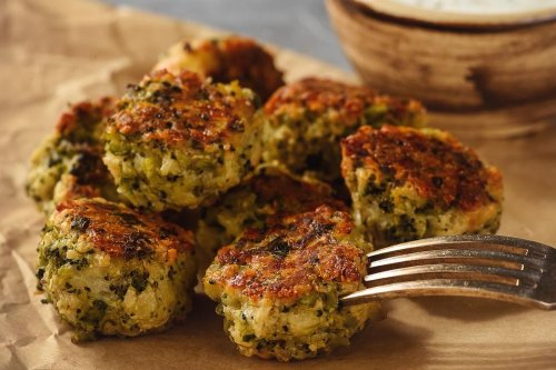 Baked Broccoli & Cheese Balls Recipe: This Crispy Appetizer Recipe Is a Fan Favorite   Appetizers   30Seconds Food