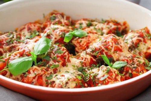 5-Ingredient Meatball Casserole Recipe Is an Easy, Cheesy Weeknight Meal | Casseroles | 30Seconds Food