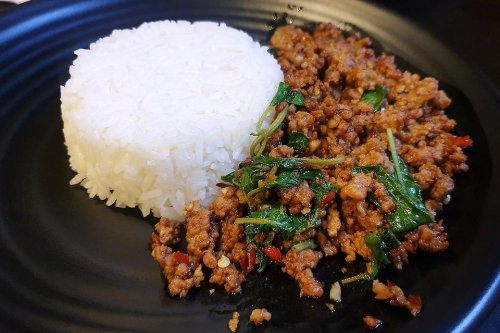 Quick Thai Ground Beef Recipe With Basil & Jalapeno Is Ready in About 20 Minutes