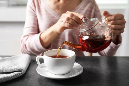 Health Benefits of Drinking Tea: 5 Mind & Body Reasons to Drink More Green Tea, Black Tea, Matcha Tea, Lavender Tea (All Teas!)