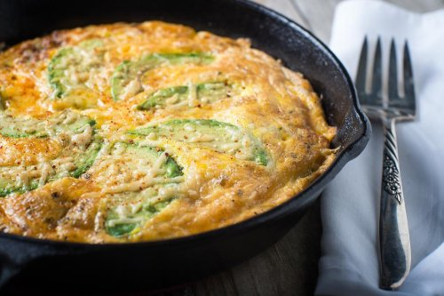 Easy Frittata Recipes: This Avocado & Cheese Frittata Recipe Is a Whole Lotta Yum