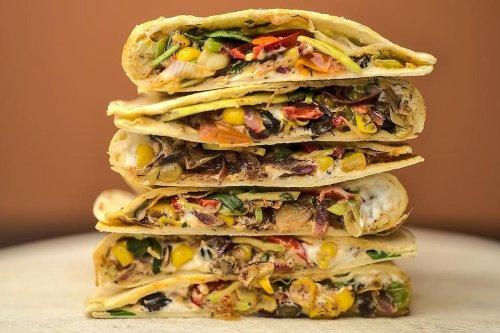 Roasted Vegetable Quesadillas Recipe: This Easy Veggie Quesadilla Recipe Is a Surefire Dinner Winner