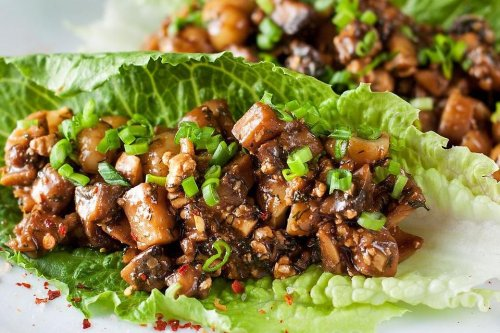 Best Vegetarian Lettuce Wraps Recipe: This Scrumptious Wraps Recipe May Turn Every Day Into Meatless Monday