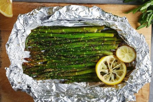 Asparagus in Foil Recipe: Bake or Grill This Easy Asparagus Recipe for Easter | Vegetables | 30Seconds Food