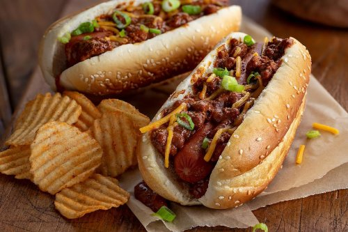Easy Hot Dog Chili Recipe: Smother Those Memorial Day Hot Dogs in This Flavorful 10-Minute Chili Recipe