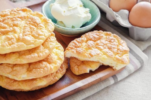 The Best Cloud Bread Recipe: This Easy Keto Cloud Bread Recipe Is Light & Airy