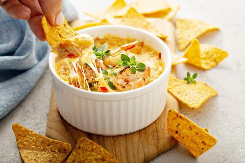 Baked Crab Rangoon Dip Recipe: This Easy Baked Seafood Dip Appetizer Recipe Is Pure Snack Magic