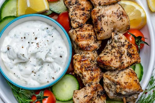 Grilled Chicken Skewers Recipe With Homemade Tzatziki: This Easy Clean-Eating Kebab Recipe Is Sure to Make a Repeat Performance