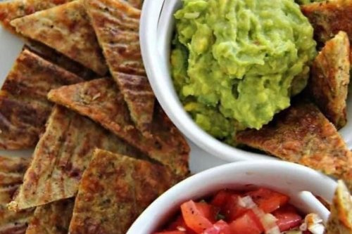 Crisp Broccoli Nacho Chips Recipe: This Gluten-free, Keto-friendly Chips Recipe Will Amaze You