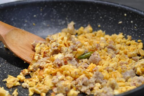 Tasty Ground Pork Scrambled Eggs Recipe: This Interesting Pork & Egg Recipe Is Keto Friendly