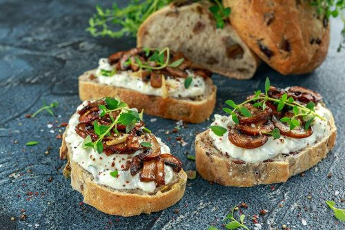 Creative Snacking: This Mushroom & Hummus Bruschetta Recipe Is a Healthy Snack Everyone Can Enjoy