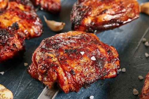 Easy Sriracha BBQ Chicken Thighs Recipe: This Grilled Chicken Recipe Is Hot, Spicy & a Little Sweet