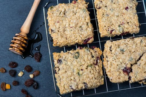 Breakfast Cookies Recipe: Make This Oatmeal Fruit Cookie Bars Recipe & You Won't Buy Granola Bars Again