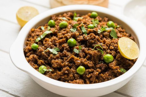 Indian Masala Keema Recipe: This Easy Ground Beef With Peas Just Needs Pita Bread & Dinner Is Done