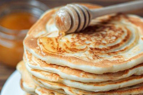 Fluffy Nut Milk Pancakes Recipe: This Cashew Milk Pancake Recipe Is Dairy-free & Low in Sugar