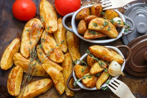 Easy Baked Steak Fries Recipe: These Flavorful Steak Fries Will Wedge Out Those Fried Potatoes