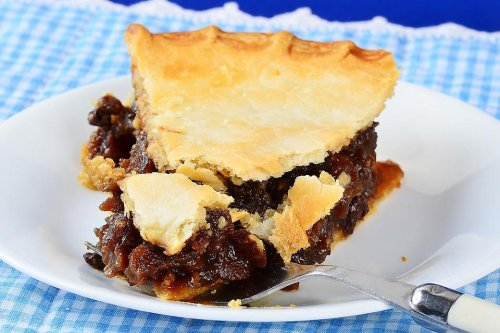 Easy Mock Mincemeat Pie Recipe: You Have Got to Try This Amish Mock Mince Pie Recipe