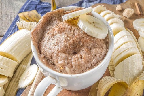 Banana Bread Mug Cake Recipe: This 1-Minute Banana Bread Recipe Is Dessert for One