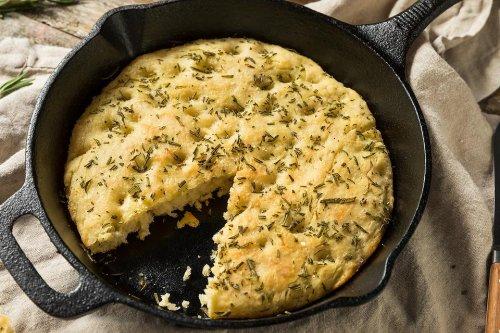 Skillet Focaccia Bread Recipe: You Need This Rosemary Focaccia Bread Recipe (But You Won't Knead It)