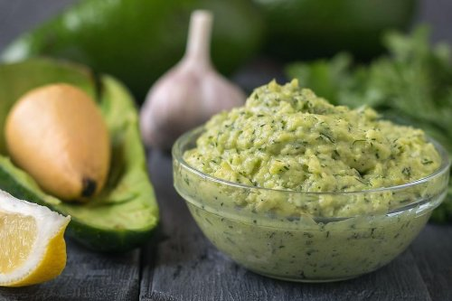 Quick Dip Recipes: This Easy Avocado Dill Lemon Dip Recipe Has Only 4 Ingredients
