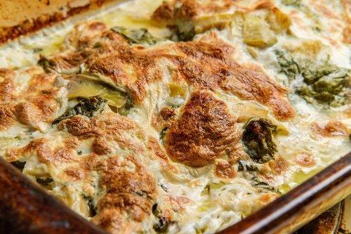 Easy Chicken, Spinach & Artichoke Casserole Recipe: This Creamy Chicken Casserole Is the Definition of Cheesy