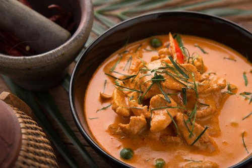 Panang Nuer Recipe: Simple, Aromatic Thai-Style Red Curry Recipe With Chicken