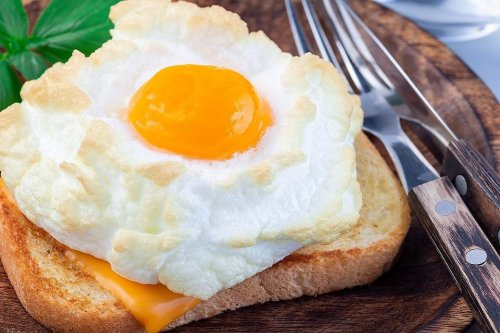 Cloud Eggs Recipe: This Orsini Eggs Recipe (Eggs in Clouds) Is So Easy to Make