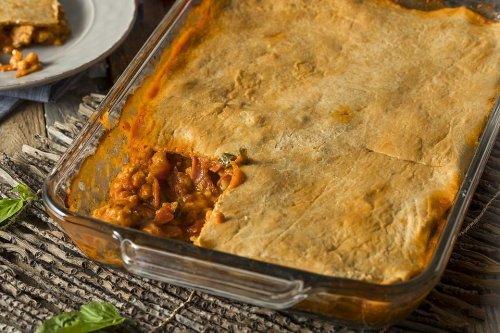 Upside Down Pizza Casserole Recipe: Flip Pizza Night With This Fun & Easy Pizza Casserole Recipe