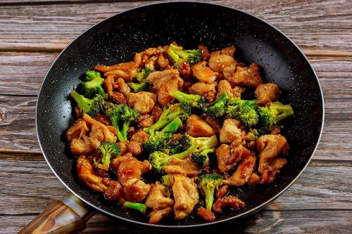 Easy Chicken Recipe: This Chicken & Broccoli Stir Fry Recipe Is on the Table in 20 Minutes