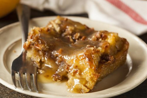 This Bread Pudding Recipe With Bourbon Sauce Is What to Make for That Sweet Tooth | Desserts | 30Seconds Food