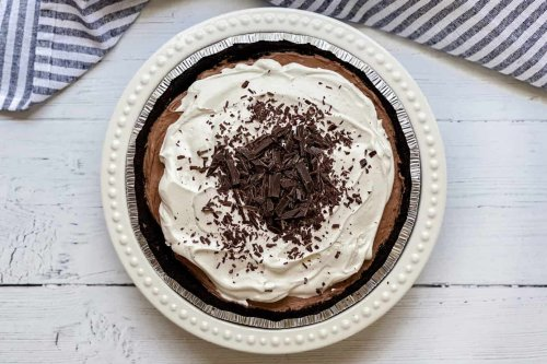 No Bake 3 Ingredient Chocolate Pie